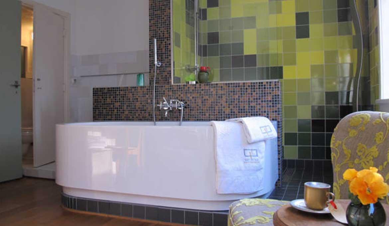 City Park Green room in Gust van Dijk. BnB and SEA Foundation, Tilburg, the Netherlands