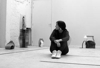 Portrait of Jenny Blumenfield, Blumenfield in the studio, Studio Visit, EKWC, SEA Foundation 2017