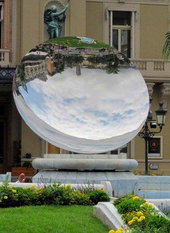 Anish Kapoor, Sky Mirror, Monaco, De Pont Museum 25 years, SEA Foundation 2017