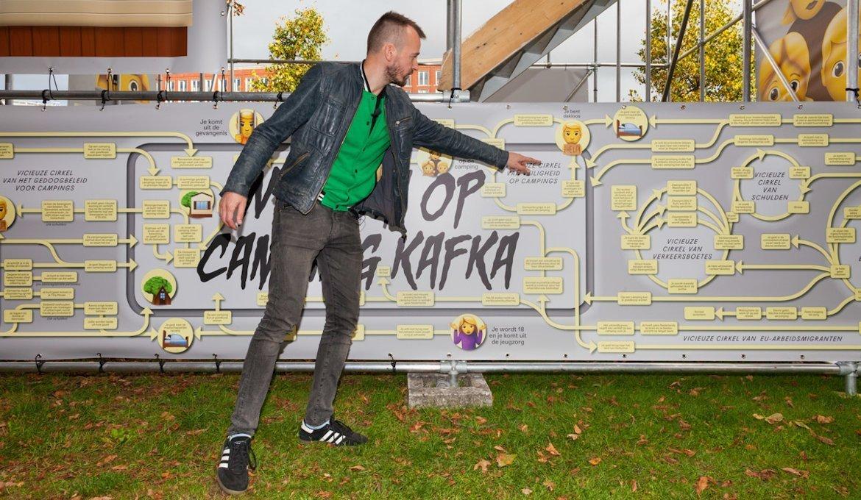 Camping_Kafka,Klaas_Burger_in_front_of_the_installation_SEA_Foundation_Tilburg
